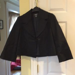 Kenneth Cole Reaction Cropped Jacket Size 4.